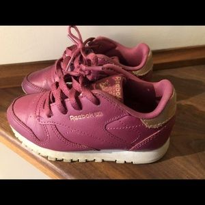 Children's toddler Reebok's sneakers shoes size 9